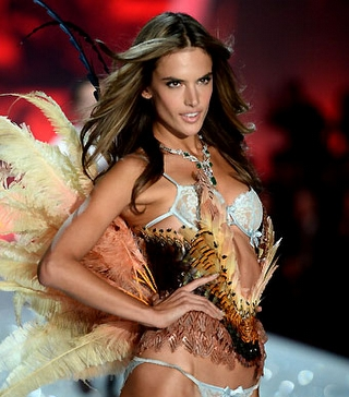 Victoria`s Secret Fashion Show`dan Kareler