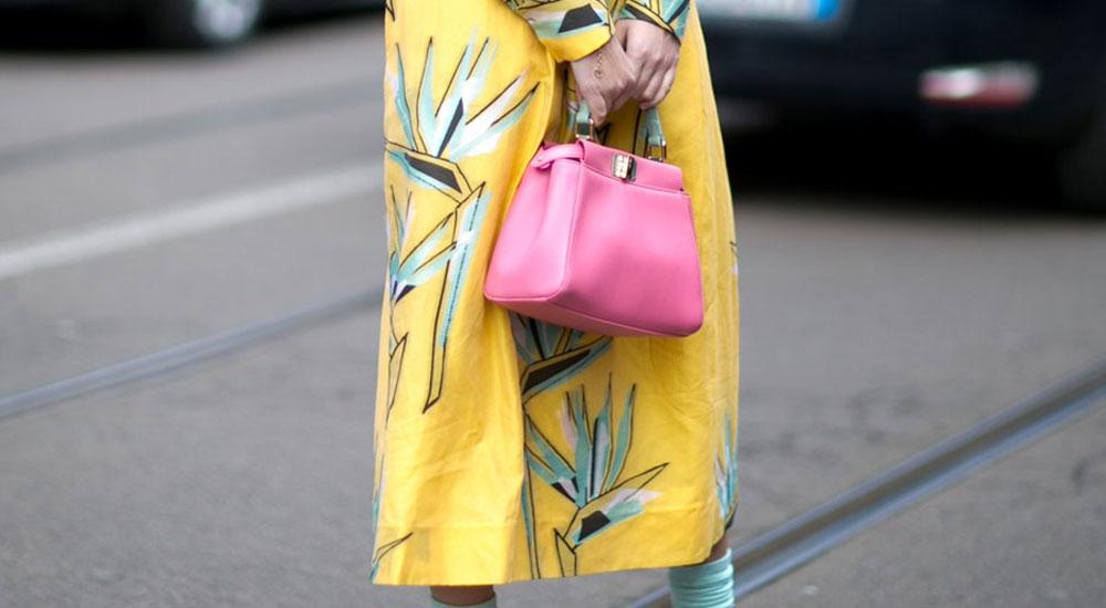 Yaz Günlerinde Gökkuşağı Etkisi Yaratacak Renkli Çantalar