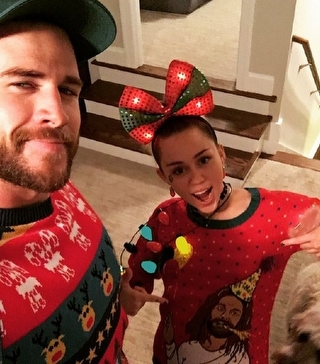 Miley Cyrus ve Liam Hemsworth Evlendi!