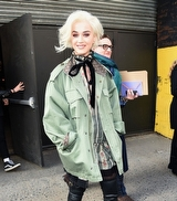 Katy Perry'nin Marc Jacobs Defilesi Stili